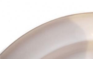 Вольфганг фон Верзин, фрагмент тарелки из сервиза «Helena» с характерным «бортиком»